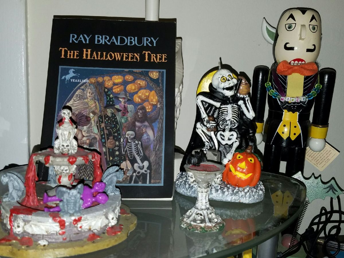 halloween month: how have i not read this #2 – the halloween tree